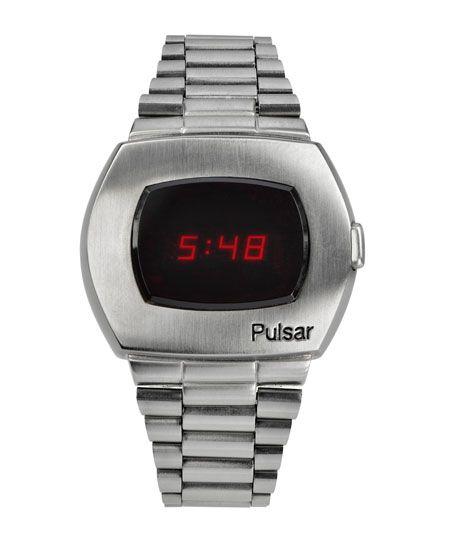 あの伝説モデルが復活。アップデートを遂げた腕時計界の革命児 3枚目の画像