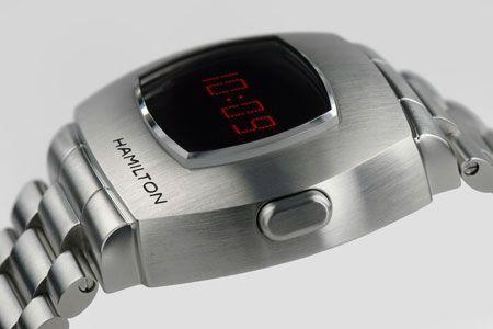 あの伝説モデルが復活。アップデートを遂げた腕時計界の革命児 7枚目の画像