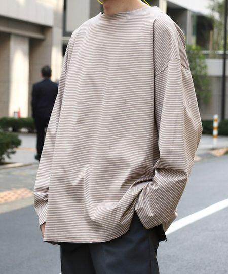 『アンパーフェクト』デラヴェアボーダーモックネックバスクシャツ