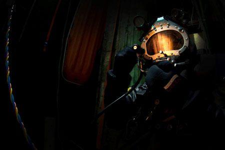 海の男たちに捧げる本格派。エドックスが仕掛ける新作ダイバーズ 2枚目の画像