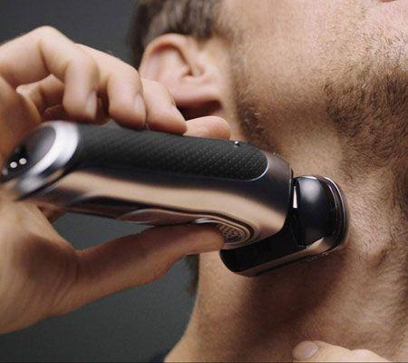 髭剃りに何を使っていますか? T字カミソリと電気シェーバー、その使い分け 2枚目の画像