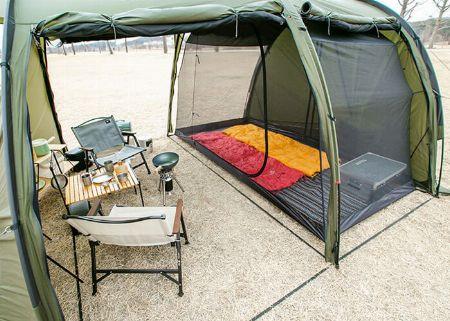 カマボコ型テントは「快適!」