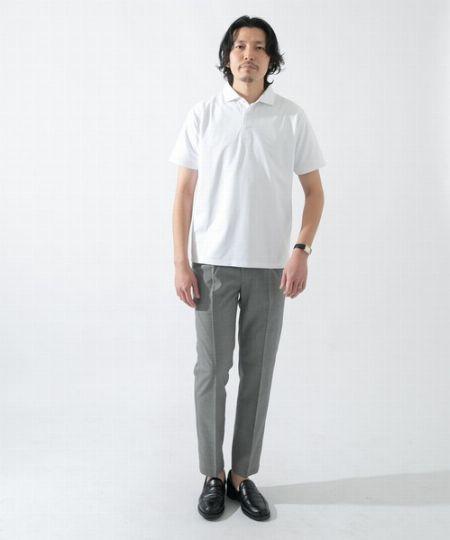 シンプルだからこそ映える黒×グレーのモダンな配色