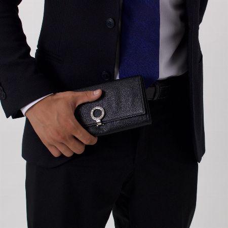 優美な仕上げと上質な素材。『ブルガリ』の財布の魅力とは
