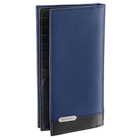 レザーのコンビネーションがモダンな「セルペンティ スカリエ マン」の長財布