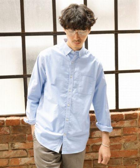 ノータイでもサマになる「オックスフォード地のボタンダウンシャツ」