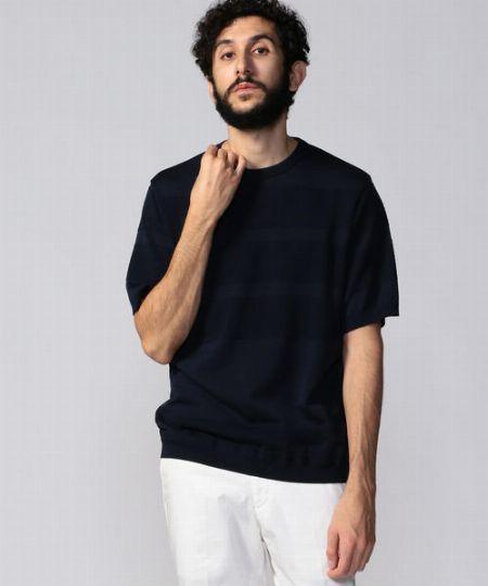 ジャケットなしでもWeb会議に対応する「ニットTシャツ」