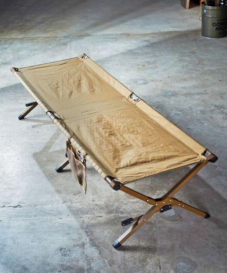 寝床の確保が簡単にできる「コット」