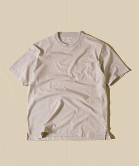『シップス』ブリングマテリアル×オーガニックコットン クルーネックTシャツ