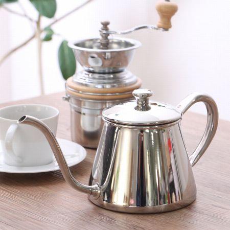 おいしいコーヒーを淹れるために。コーヒーポットを使う理由とは