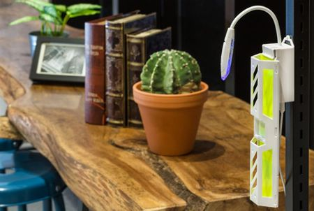 『シマダ』ルイクス 携帯型LED捕虫器