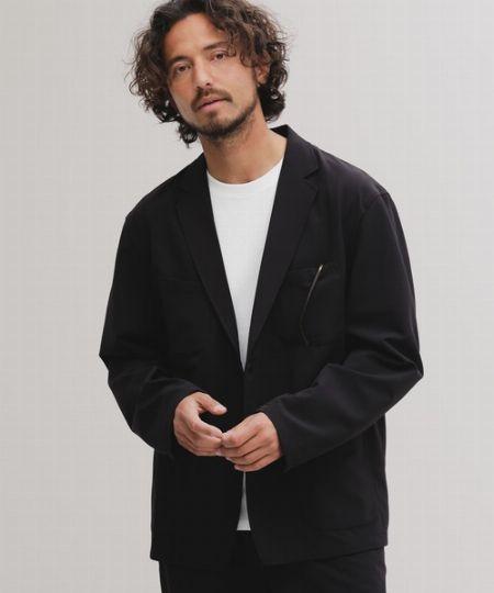 快適素材のジャケット