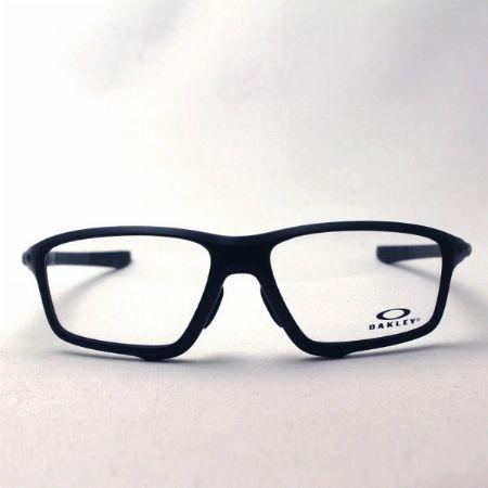 普段使いからスポーツ用まで。『オークリー』のメガネはアクティブな大人の味方
