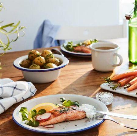 おしゃれなデザインが種類豊富に揃う『イケア』の食器 2枚目の画像
