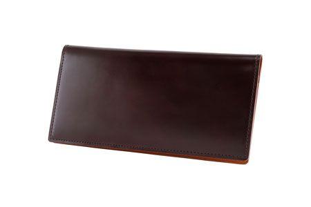 極上素材を薄く、軽く。国産コードバン財布の有力候補が誕生 4枚目の画像
