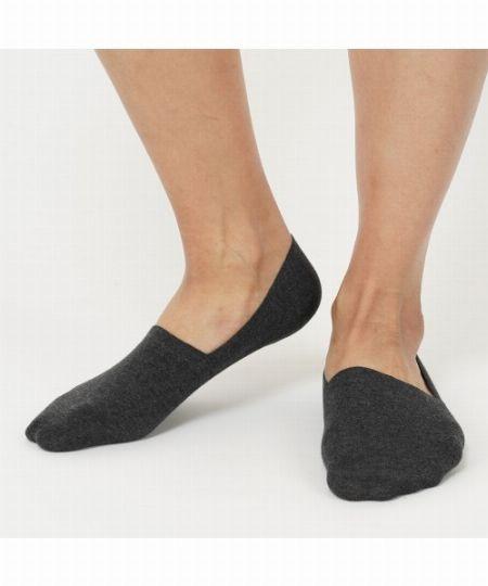 素足に見えて、素足で履くよりメリット多数。フットカバーを履こう 2枚目の画像