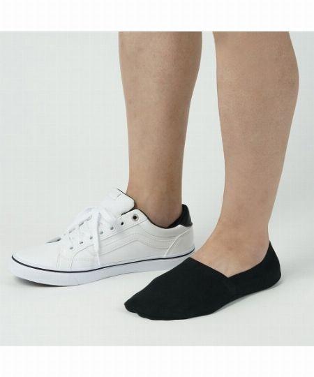 素足に見えて、素足で履くよりメリット多数。フットカバーを履こう 3枚目の画像