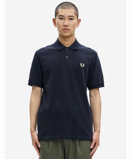 きちんと感と動きやすさを両立できる「ポロシャツ」
