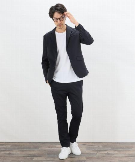 作業着だけど見た目はスーツ。『ワークウェアスーツ(WWS)』をご存じ?