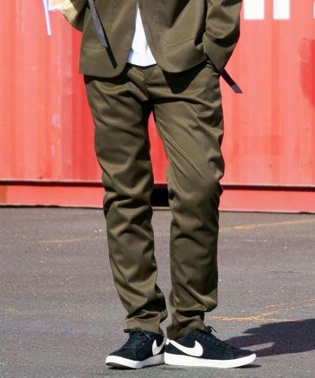 『ワークウェアスーツ』フルレングスストレートパンツ
