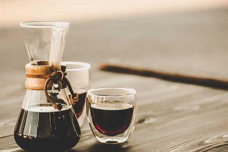 イームズ夫妻や柳 宗理氏も愛用した『ケメックス』のコーヒーメーカー 2枚目の画像