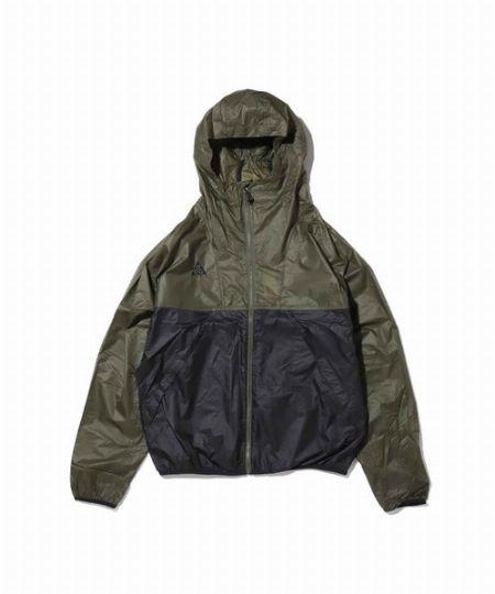ACG ライトウェイトジャケット