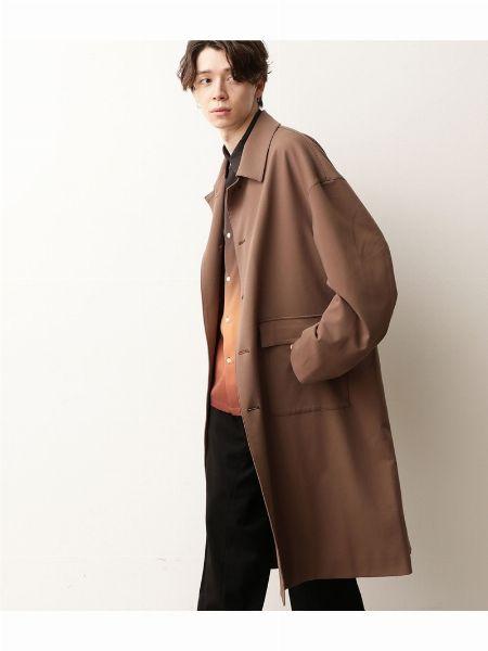 秋は季節感のあるコートを使ってコーディネートを楽しもう