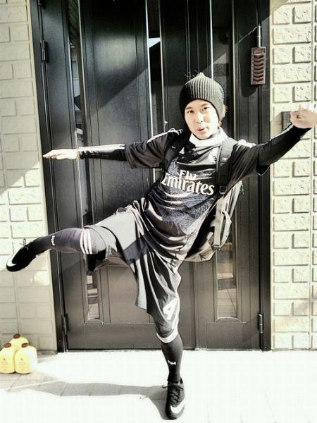 寒い日にスポーツするなら、「ネックウォーマー」で防風性アップ!