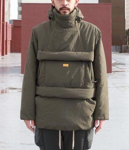 『マウンテンハードウェア』コアストラータフーデッドジャケット