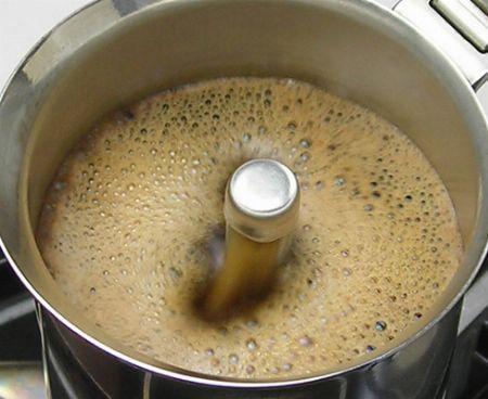 買って最初に煎れたコーヒーは、無理に飲まずに処分すべし
