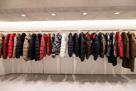 東京・青山のタトラス直営店が超進化。世界でただ1着のダウンを手に入れるカスタム体験、してみない? 2枚目の画像