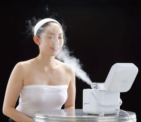 乾燥肌に悩んでいる女性には「スチーマー美顔器」を