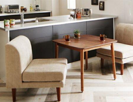 こたつテーブルとソファの2点セット