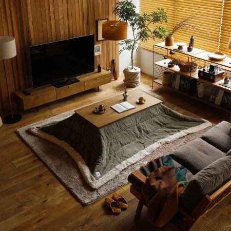 周りの家具と色のトーンを揃えるのが鉄則