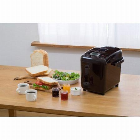 タイマー機能を使って朝食に焼きたてのパンを