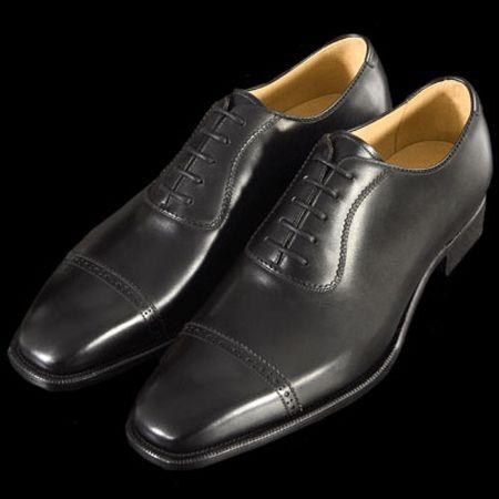 『大塚製靴』の原点であり、代表ブランドの『オーツカ M-5』