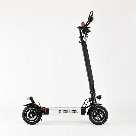 『コスウエル』EV スクーター
