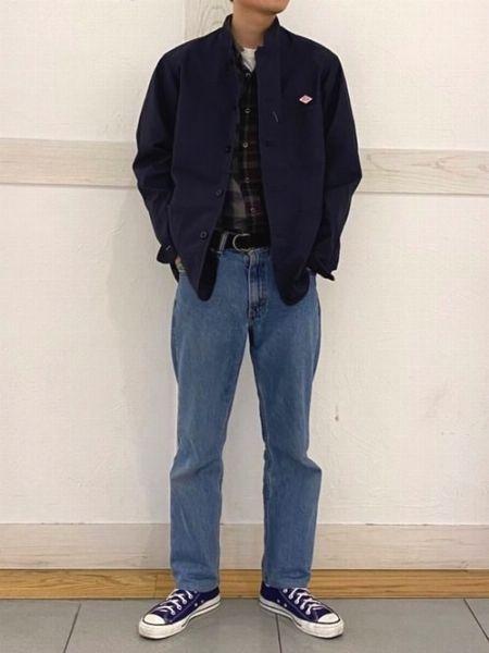 ショート丈のアウターでジーンズのシルエットを主張