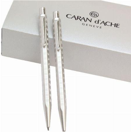 伝統と職人技が息づくスイスの筆記具メーカー『カランダッシュ』