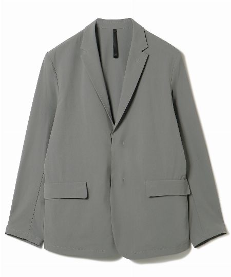 「ワッシャーナイロン」のジャケット&パンツ