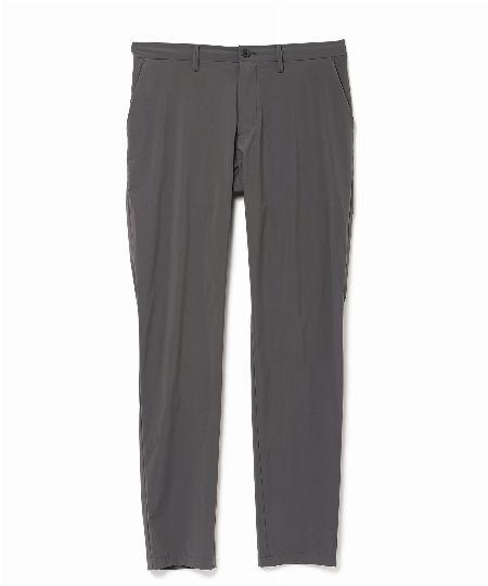 「フェザーウェイト リ・タフタ生地」のジャケット&パンツ 2枚目の画像