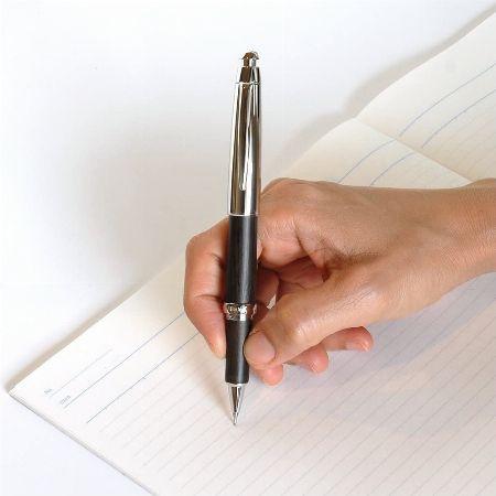 書きやすい重心バランス