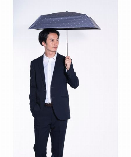 日傘は遮光性と遮熱性の高さが何より重要