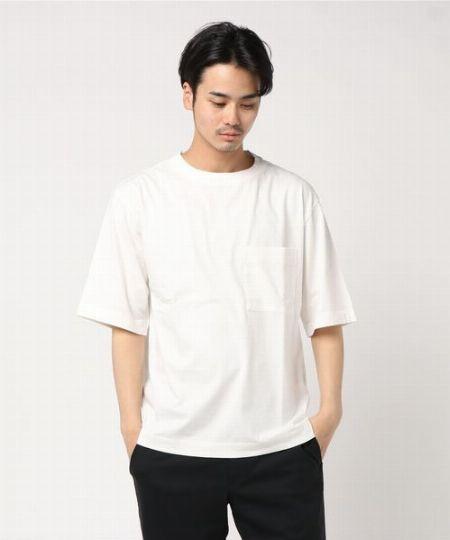 『MHL.』のTシャツは、各アイテムの個性を見極めてサイズ選びを