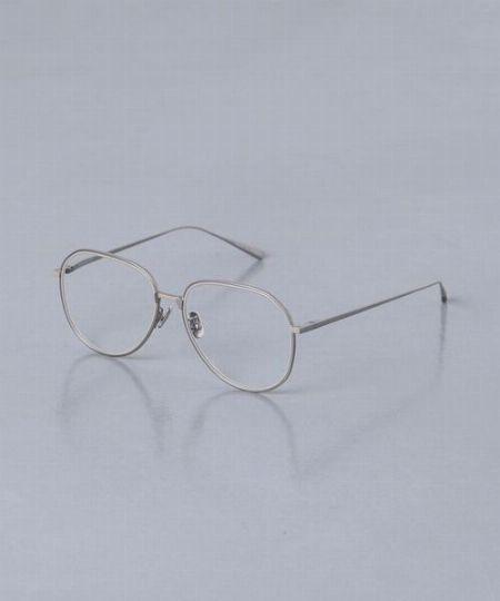 メタルフレームメガネとセルフレームメガネの違いを確認