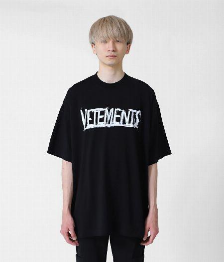 『ヴェトモン』ワールドツアーロゴTシャツ