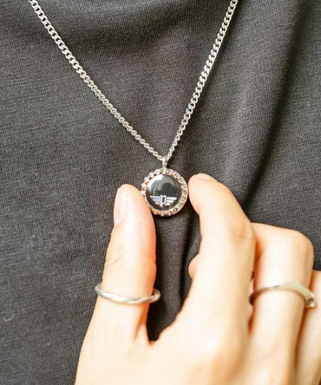 サングラスでもお馴染み『ポリス』。実はネックレスをはじめとしたアクセサリーも人気
