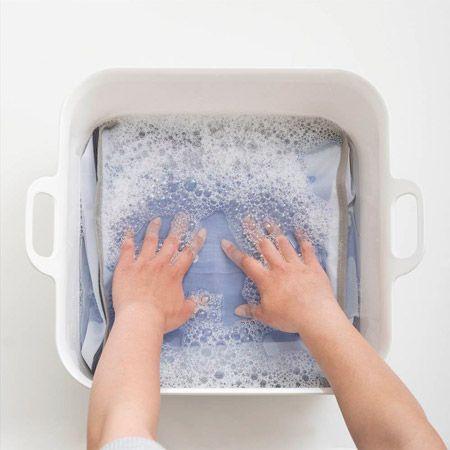 そこそこ値の張るものゆえ。防水性能を維持したいなら常温手洗いを