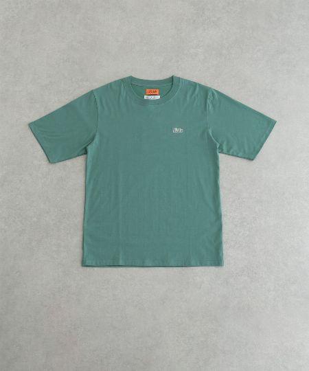 『ユニバーサルオーバール』×『アーバンリサーチ』エンブロイダリーTシャツ