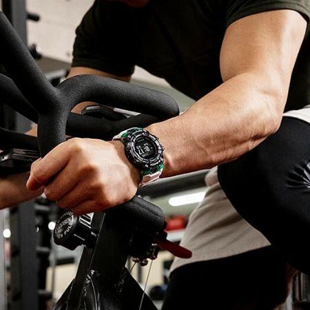 """運動するときに腕時計? """"スマウォ""""の延長線上にある、進化系スポーツウォッチ事情"""